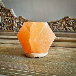 Diamond Shaped Himalayan Salt Lamp